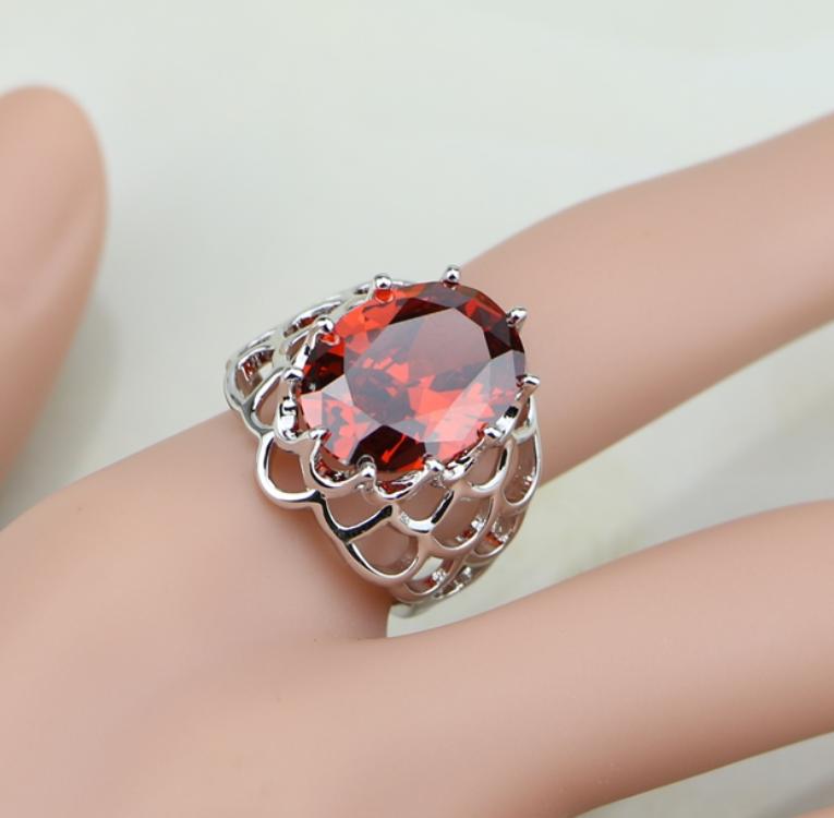 """Луксозен кристален комплект""""Червени искри"""""""